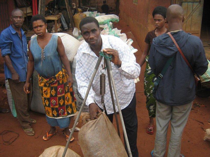 Nigerianske livsmedelshandlaren Isaac Abaya är en av de jag lånat ut till på Kiva.org!