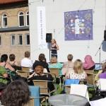 Fridhems utomhus scen, en av många fördelar med skolan