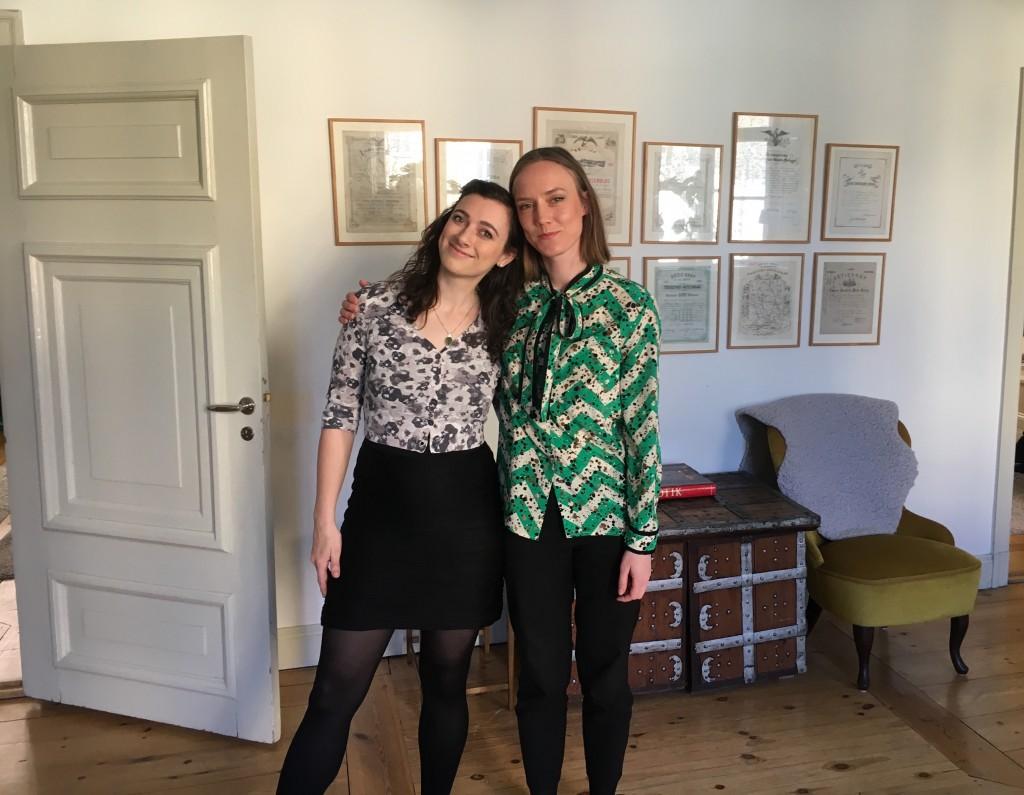 Sophie och Kristin på Psykologifabriken vill visa systerskap