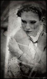 'Cracked Dreams' av Julianne.hide (Flickr Creative Commons Attribution License)